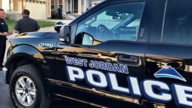 Photo of Mujer de West Jordan arrestada el viernes después de supuestamente dispararle a un niño con una flecha desde la azotea